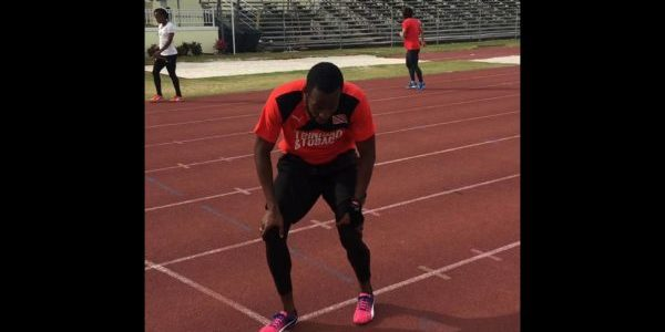 4x400m with Deon Lendore.mov (1) 2
